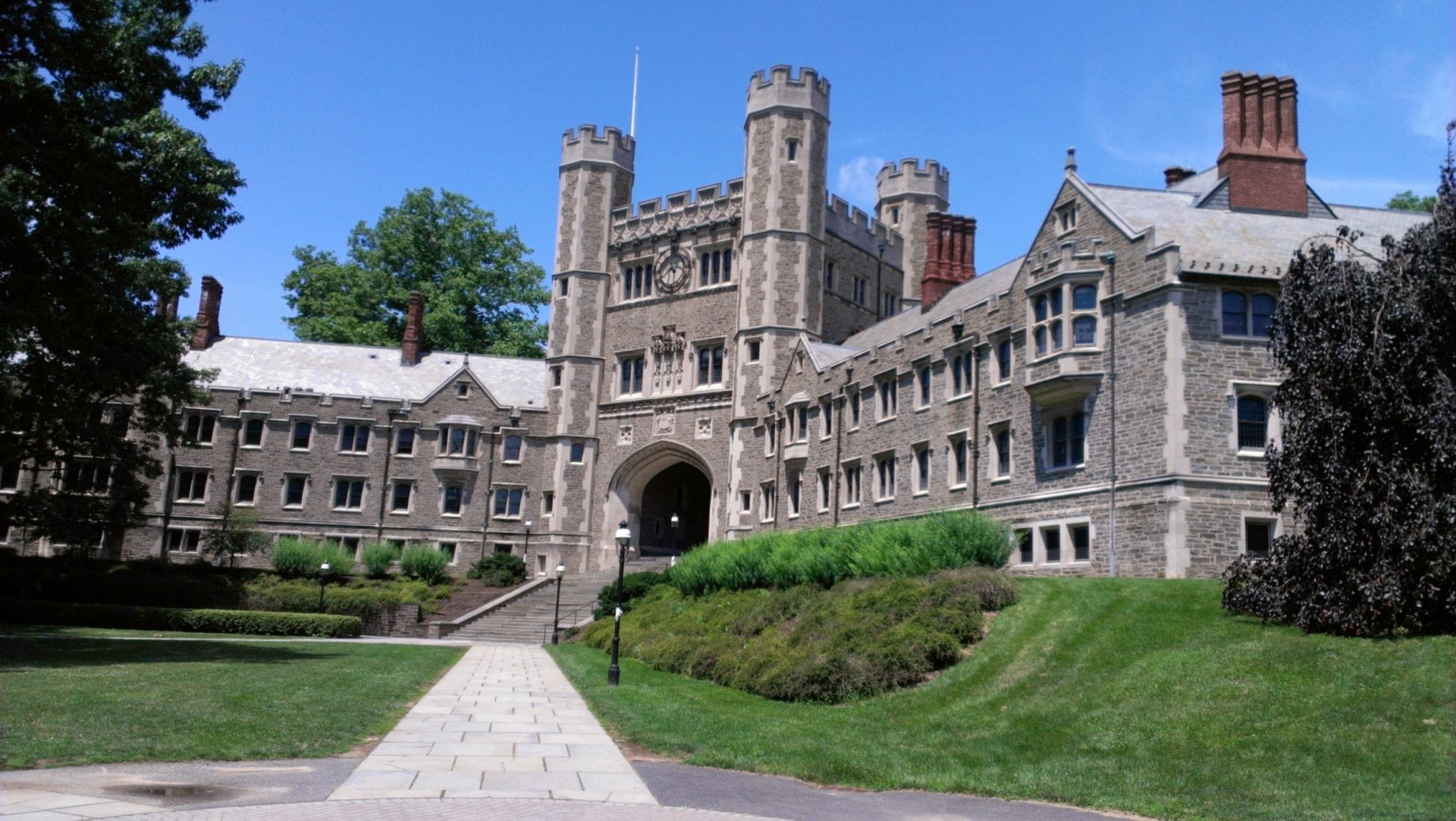 Top Colleges Seeking Diversity From A New Source: Transfer Students