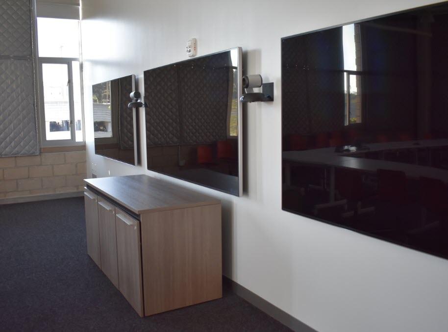 UCLA Geffen Academy - Large Classroom