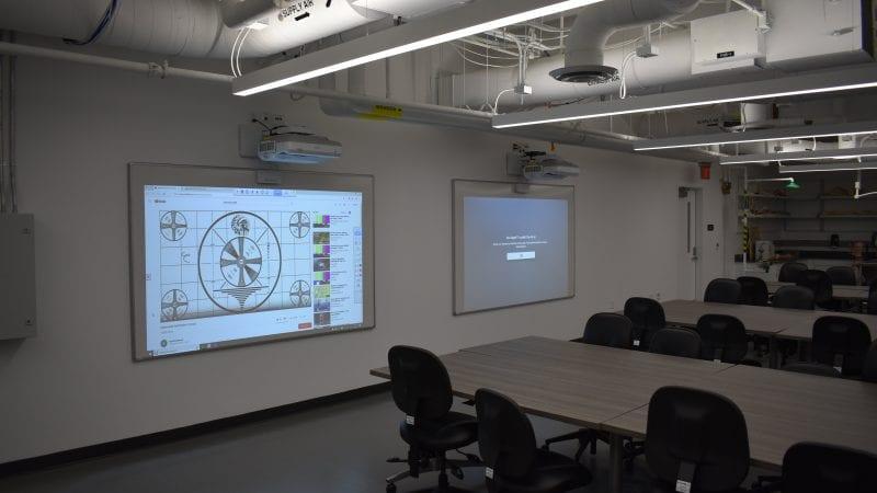 CSU Long Beach Peterson Hall - Classroom